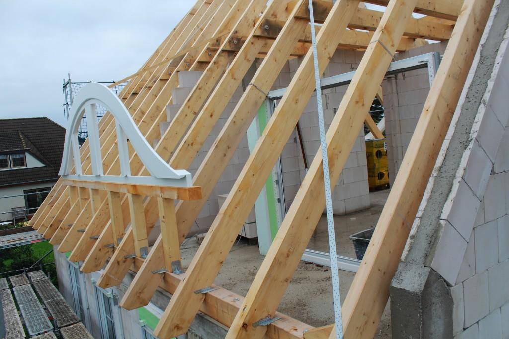 15-08-05 Dachstuhl und Fenster 11